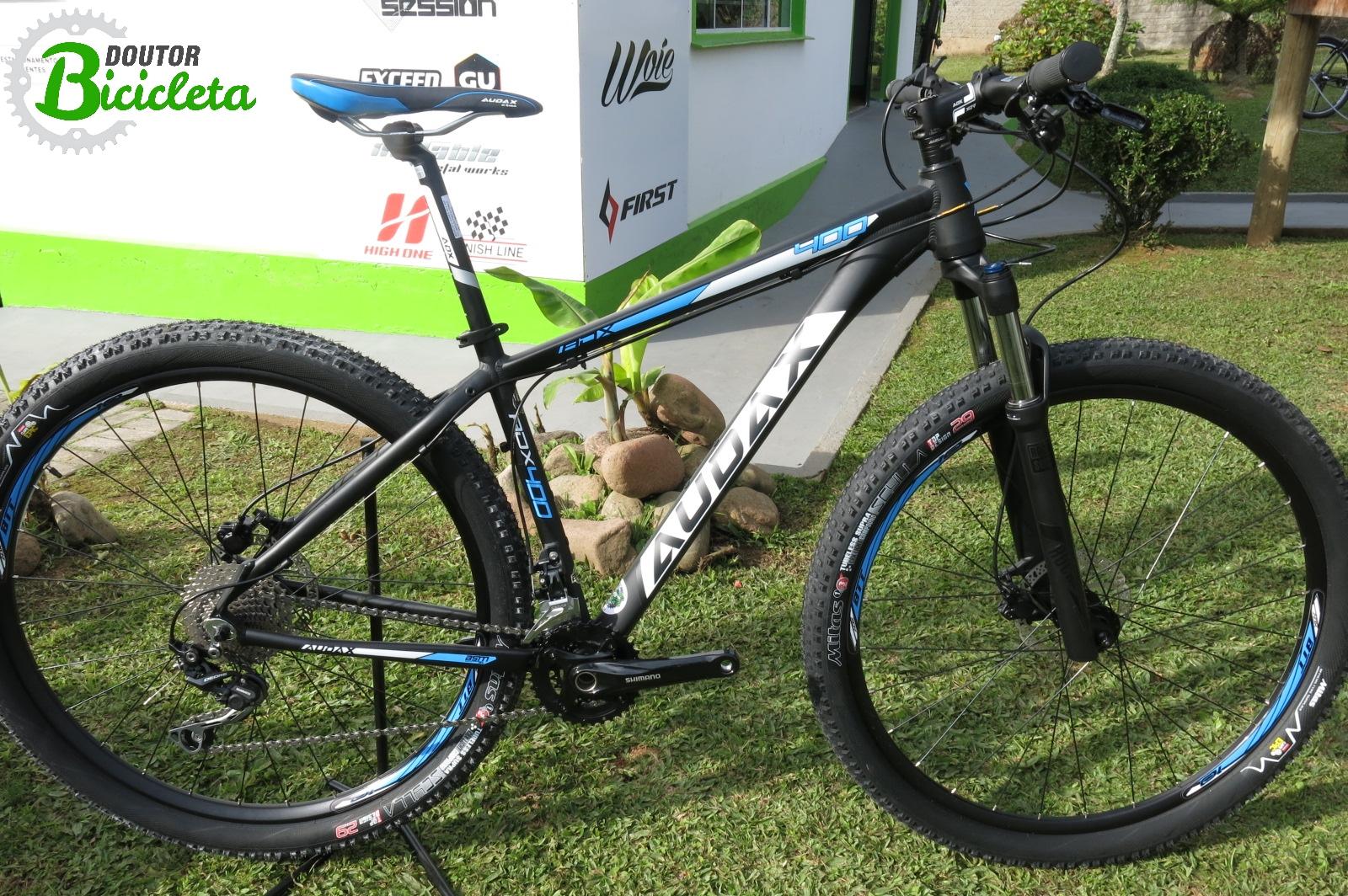 A Bicicleta Audax ADX 400