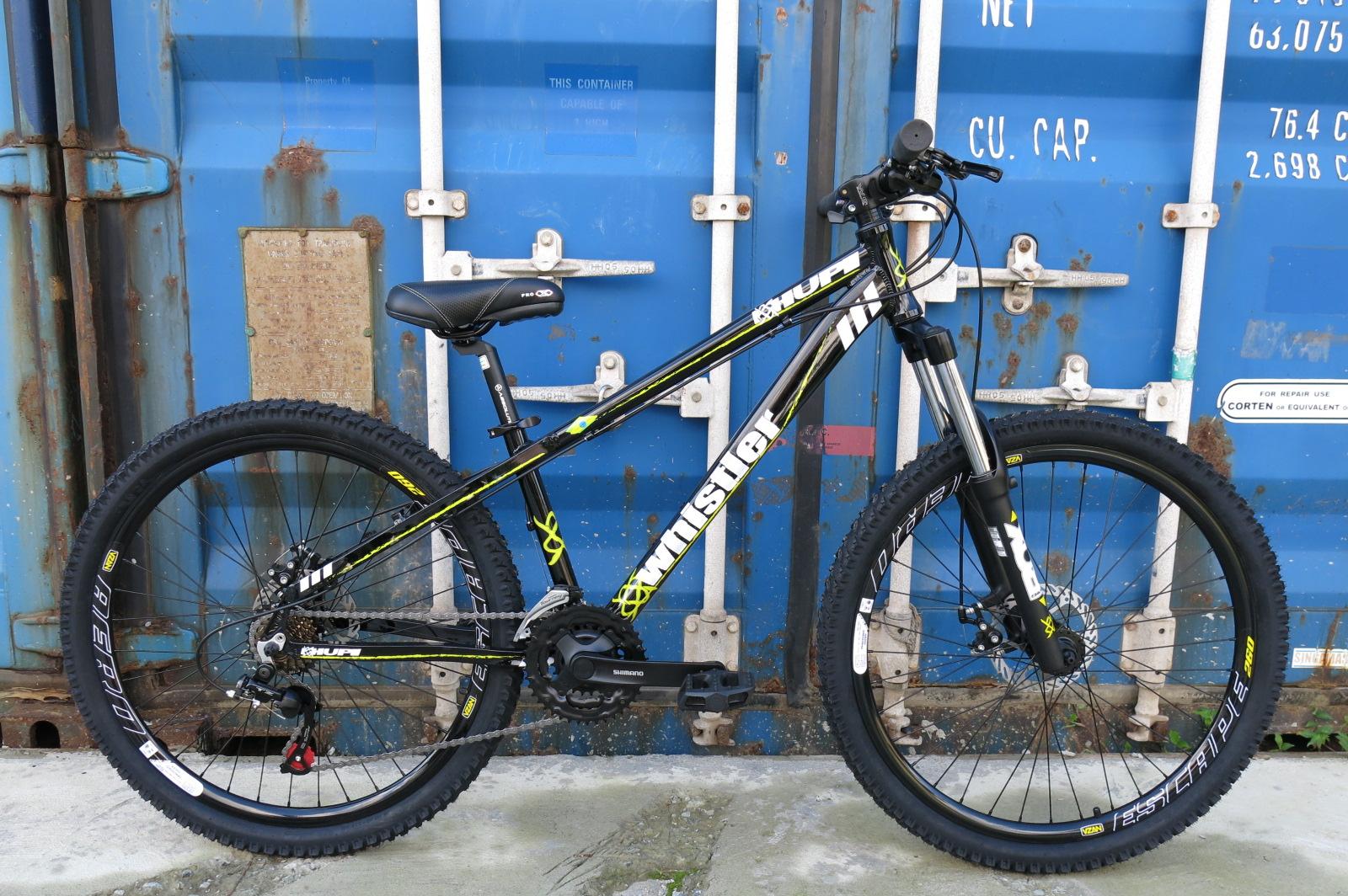 Bike Freeride HUPI Whistler montada