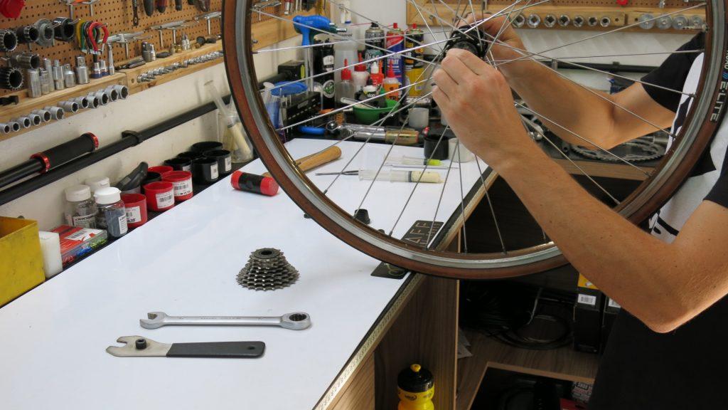 Manutenção é parte primordial para o seu pedal.